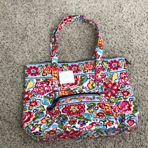 8dc3e0b393 Vera Bradley Hope Garden Villager. New with tags. M 5b6ee1b0d6716a6bb810ed11